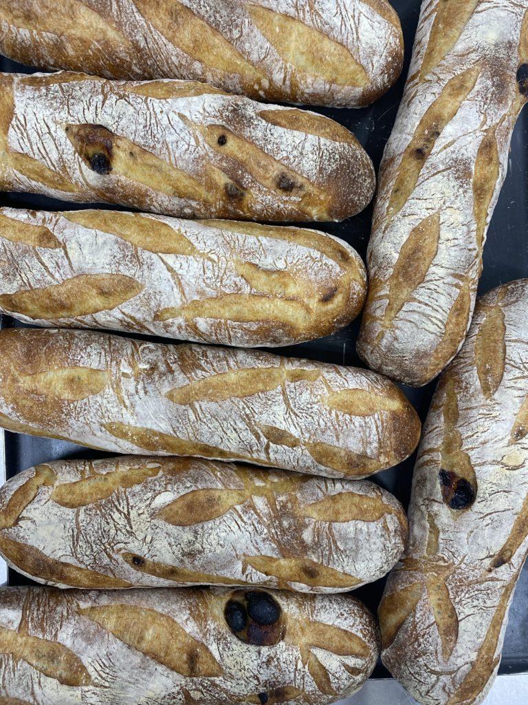 Raisin baguette チリ産レーズン入りバゲット