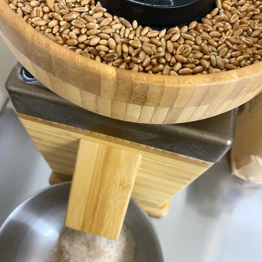 Yugi wheat ゆぎっ小麦の製粉